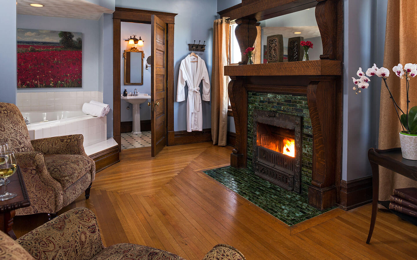 Kingdom Suite fireplace and whirlpool tub
